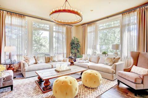 traditionell Wohnzimmer L-förmig