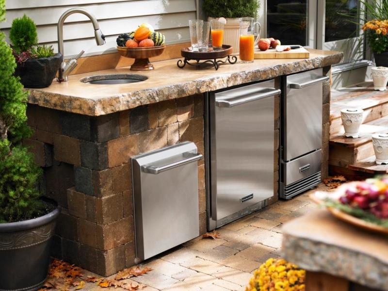 Außenküche Garten Kühlschrank Spültisch Naturstein