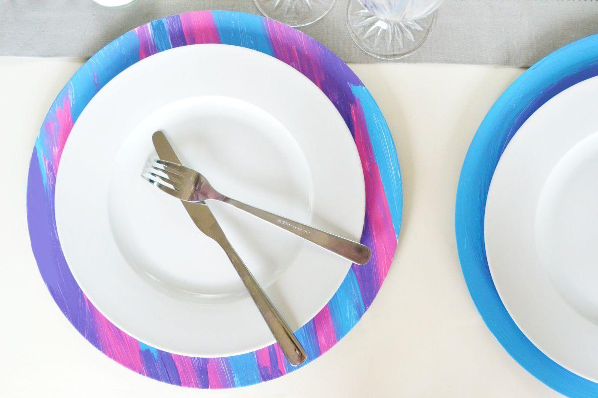 Ausflug Frühlingsparty Tischdeko Platzteller malen basteln