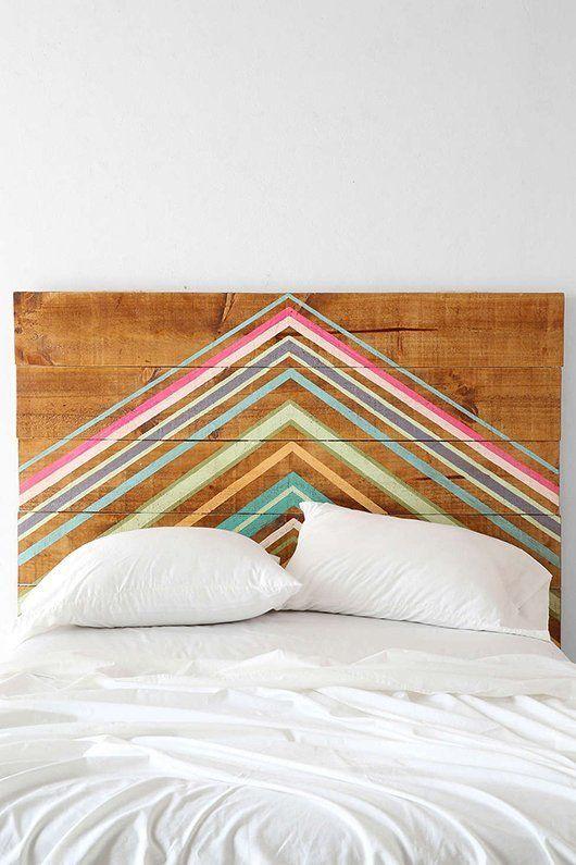 DIY Projekt Kopfteil Holz geometrisch Muster farbenfroh
