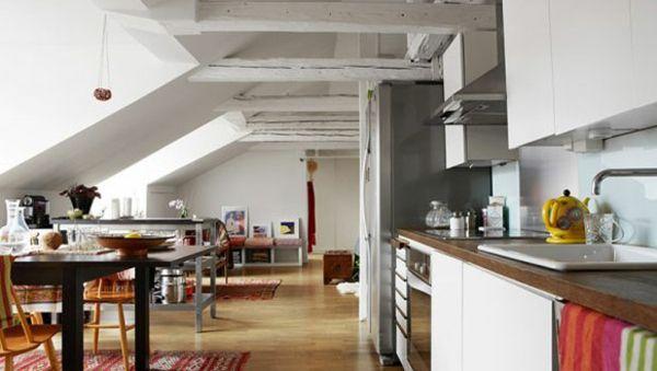 Dachfenster Dachwohnung Wohnküche modern