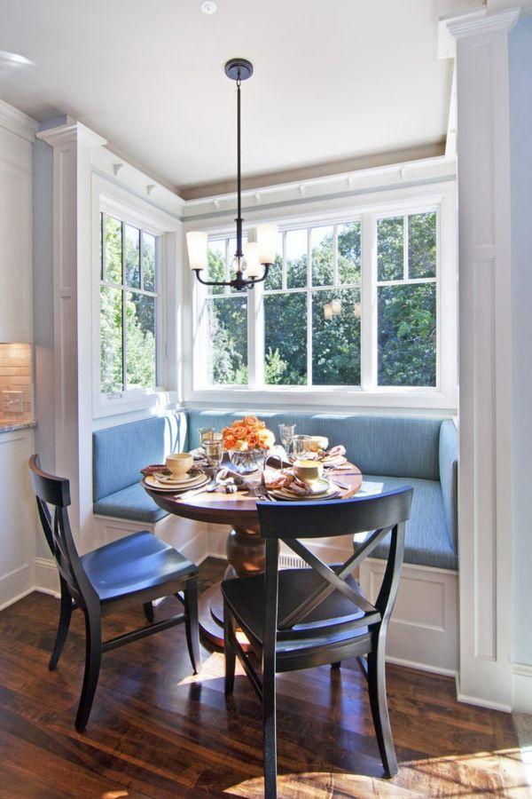 Erkerfenster Sitzbank eingebaut Sitzecke Tisch