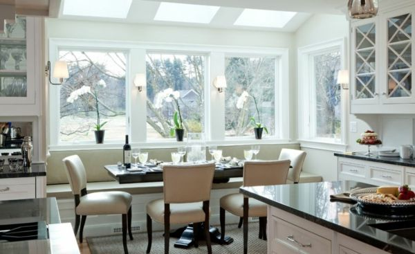 Esszimmer Küche Essecke Fenstersitz Sitzbank integriert beige