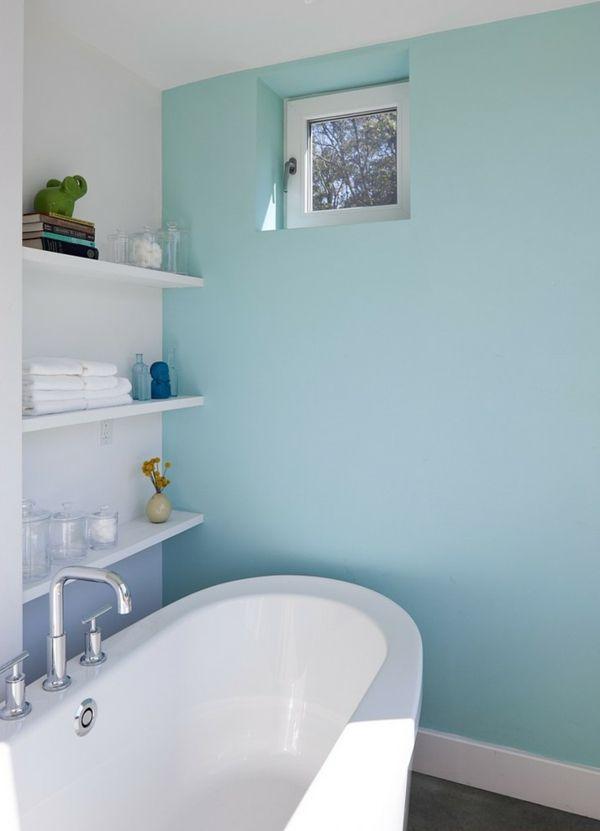 Ferienhaus Neuengland Badewanne minzgrün Wand