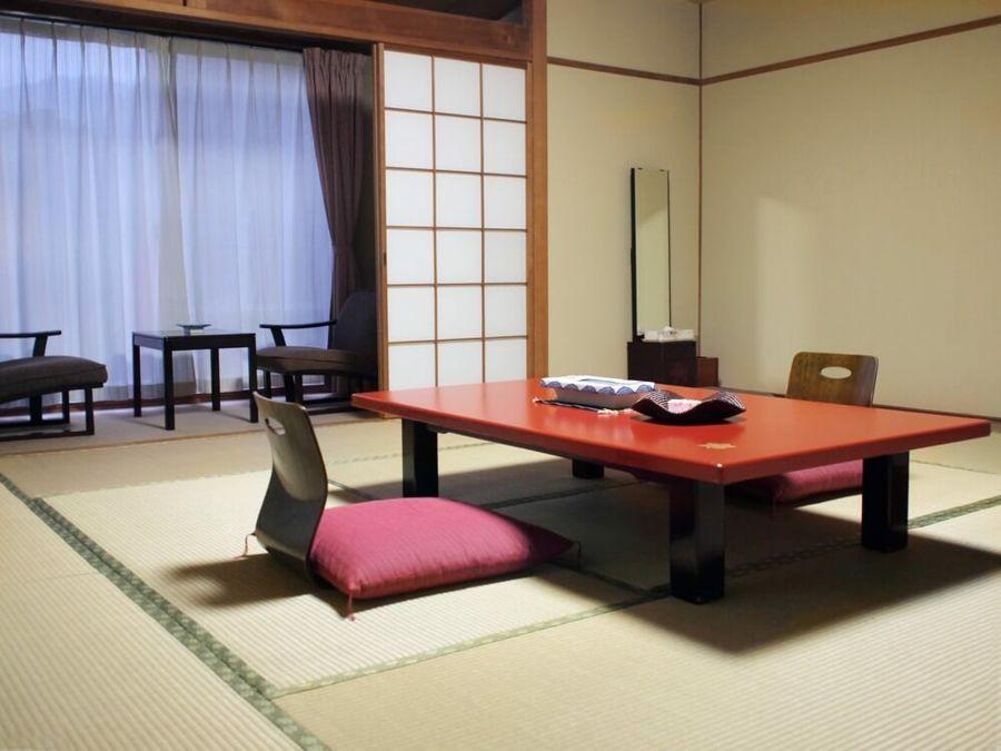 Lebensraum Zen asiatisch Stil Sitzgruppe bodennah