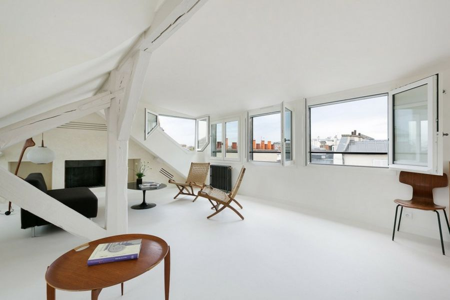 Modern minimalistisch skandinavisch Stil Dachschräge