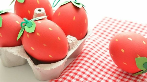 Ostereier Deko Idee Erdbeeren Farbe