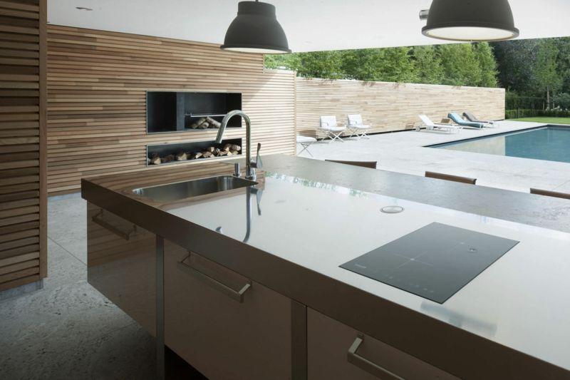 Outdoor Küche Großküche Induktionskochfeld minimalistisch Hochglanz