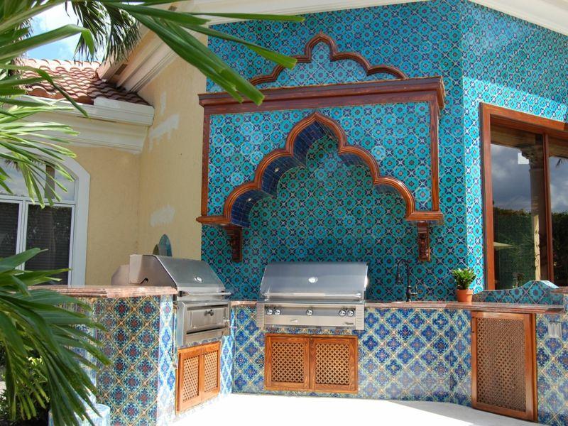 Patio Gartenküche Einbaugrill Fliesen blau