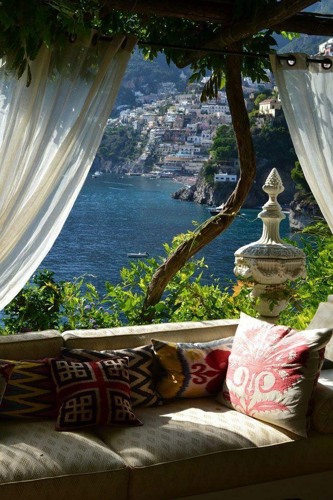 Positano Lokal Thyrrhenisches Meer Amalfiküste