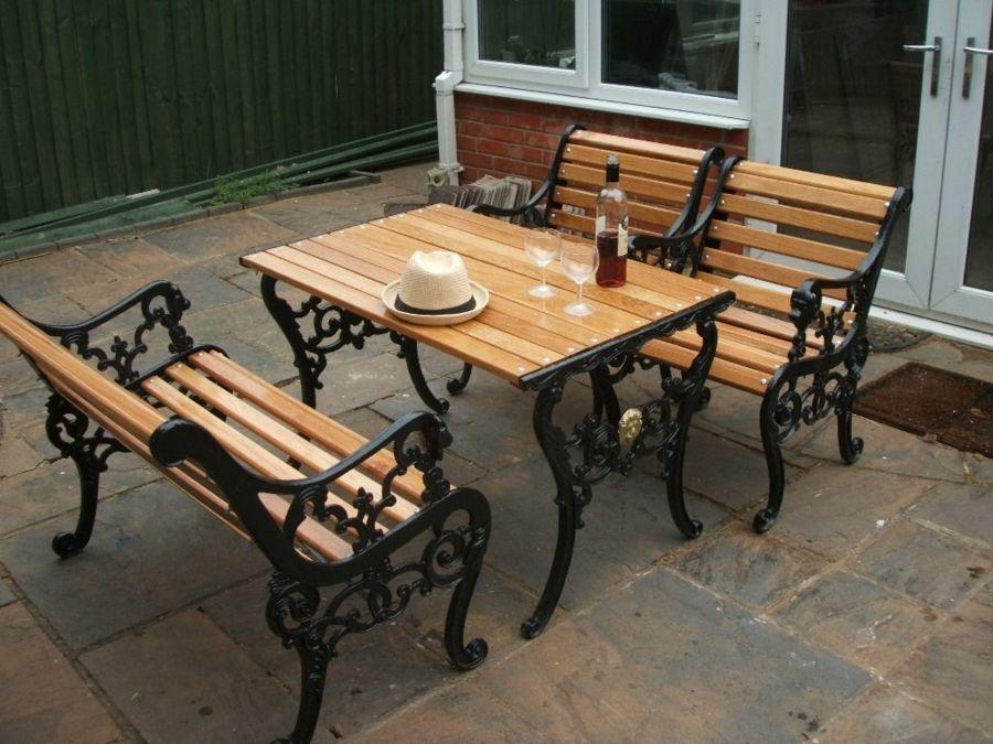 Robust Holzmöbel Erholung Garten Innenhof