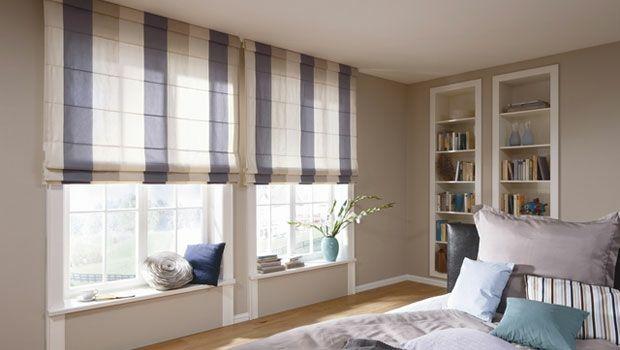 Schlafzimmer Design Raffrollos gestreift weiß violett