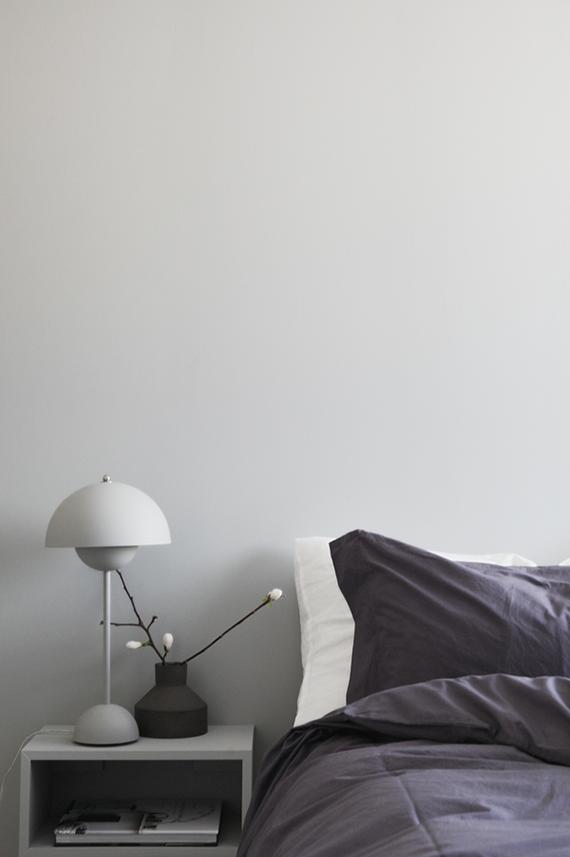 Schlafzimmer Design minimalistisch modern schlicht weiß