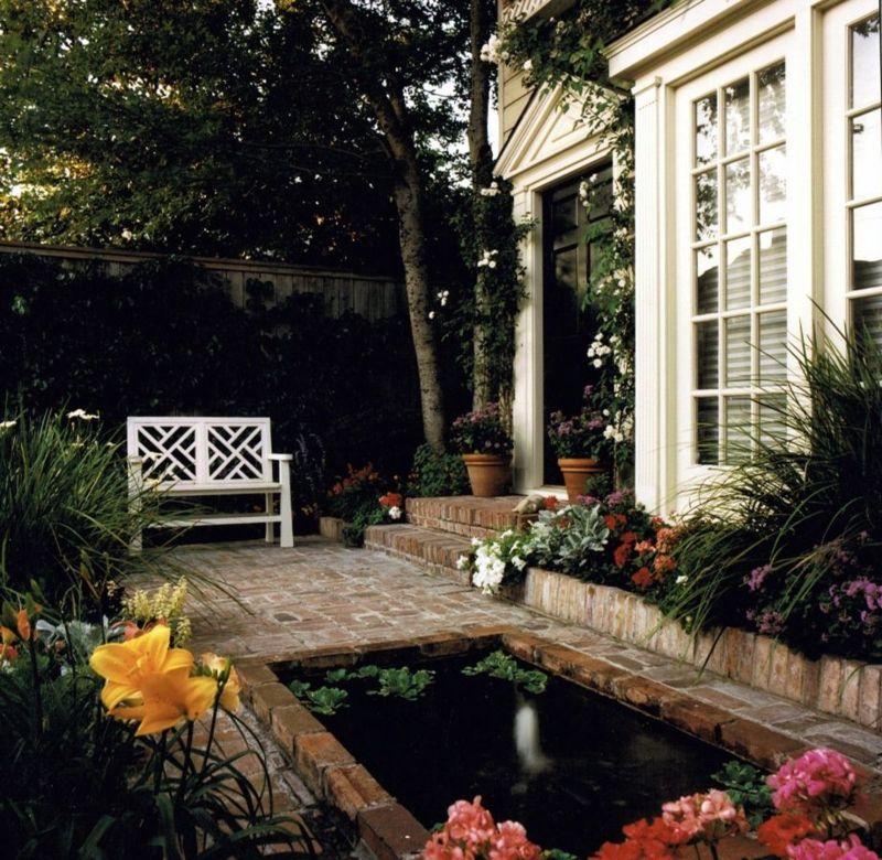 Traumgarten mit Wasserbecken