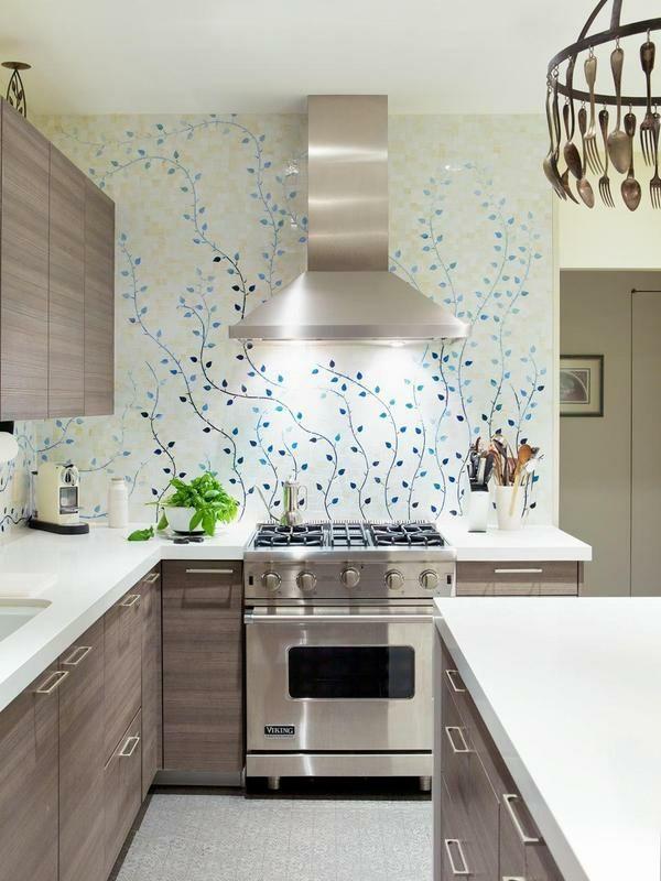 Wandgestaltung Küche Rückwand Blütenmotiv weiß blau