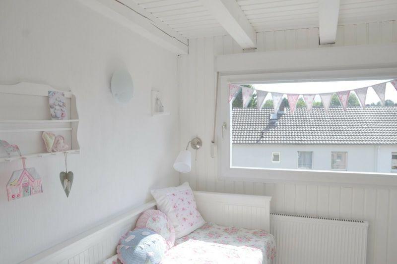 Weiß auf Weiß macht kleine Räume größer wirken
