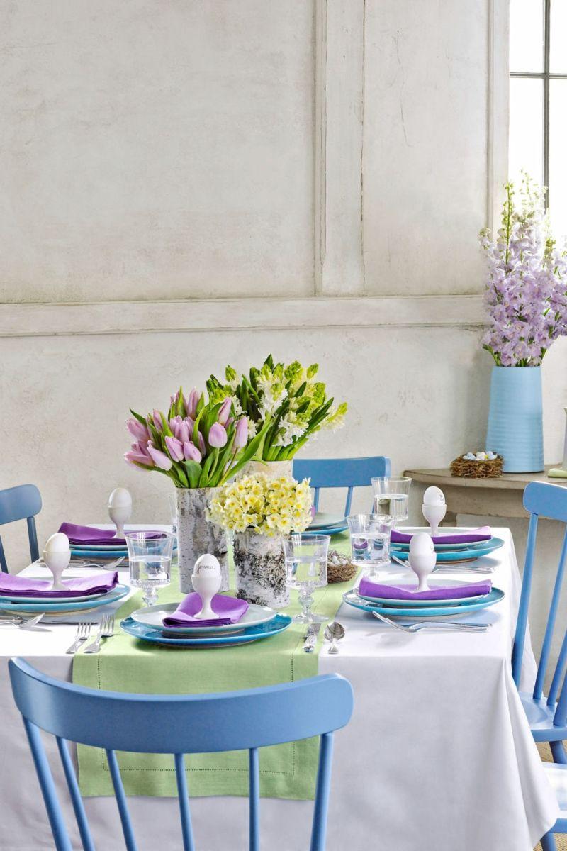 wunderschöne Tischdekoration lädt zu einem langen Sonntasgsbrunch ein