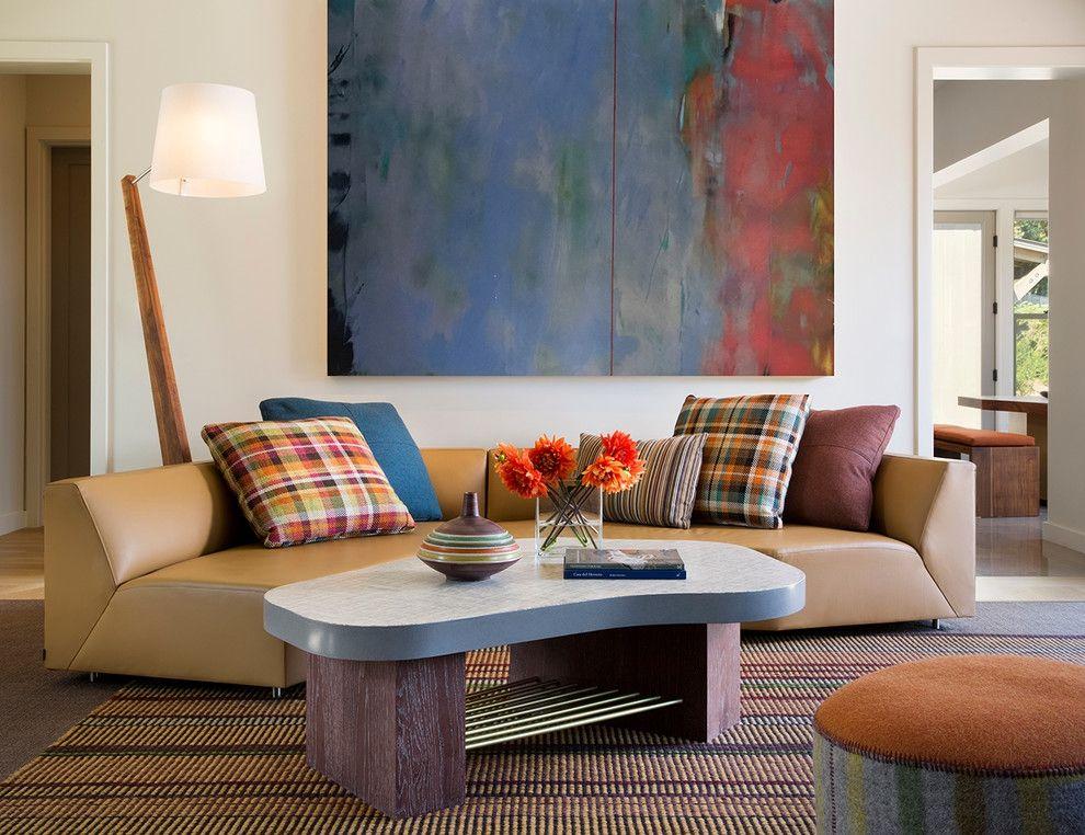 Designer Wohnzimmer gestalten Unterhaltungsbereich Couchtisch