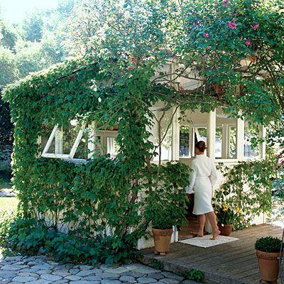 Gartenhaus Zusatzausstattung Badewanne Hinterhof