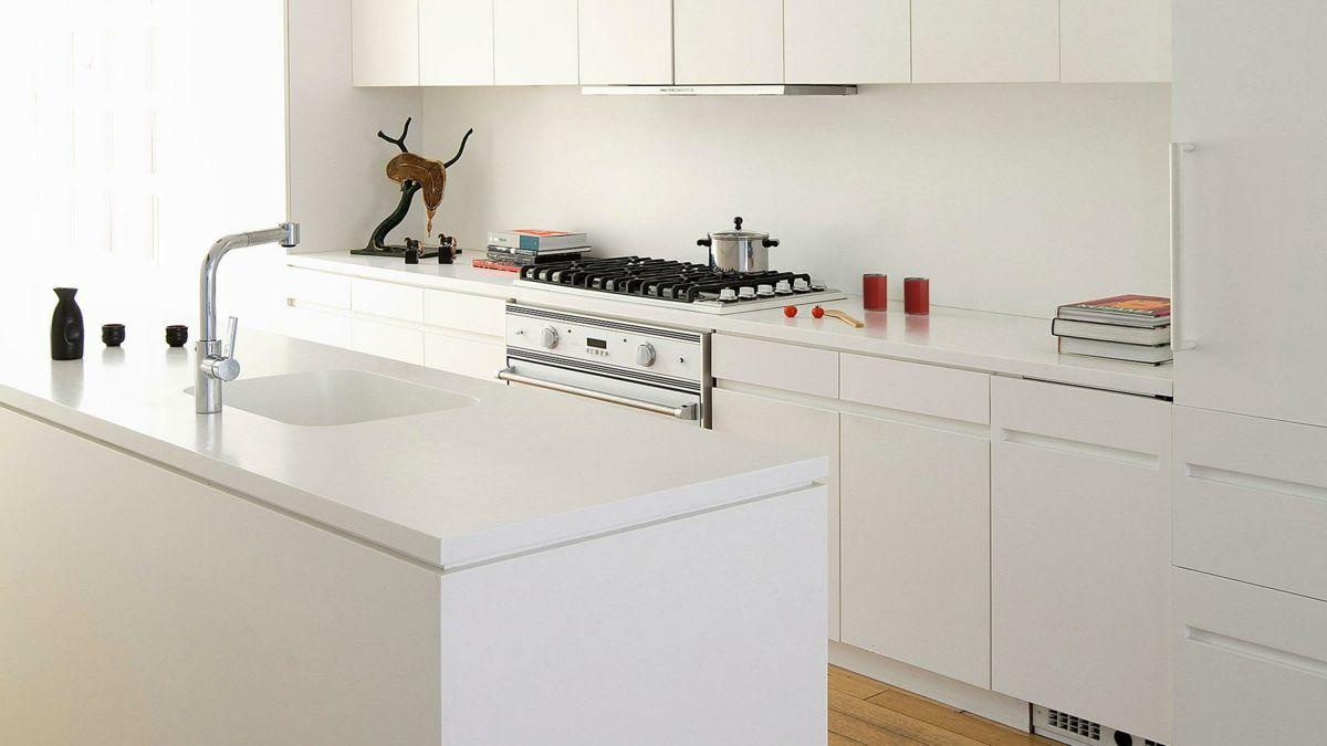 Küche Gesltatung komplett Weiß