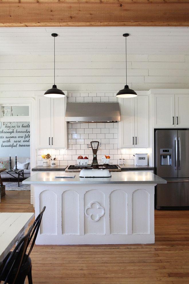 Küchentrend hohe Decken Kochinsel Weiß