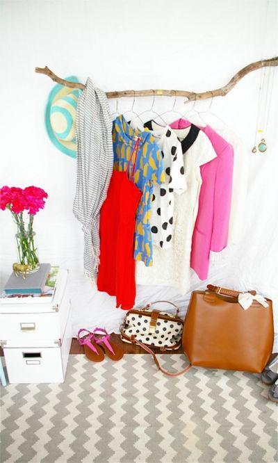 moderne kleiderstangen 10 ideen zu deren gestaltung. Black Bedroom Furniture Sets. Home Design Ideas