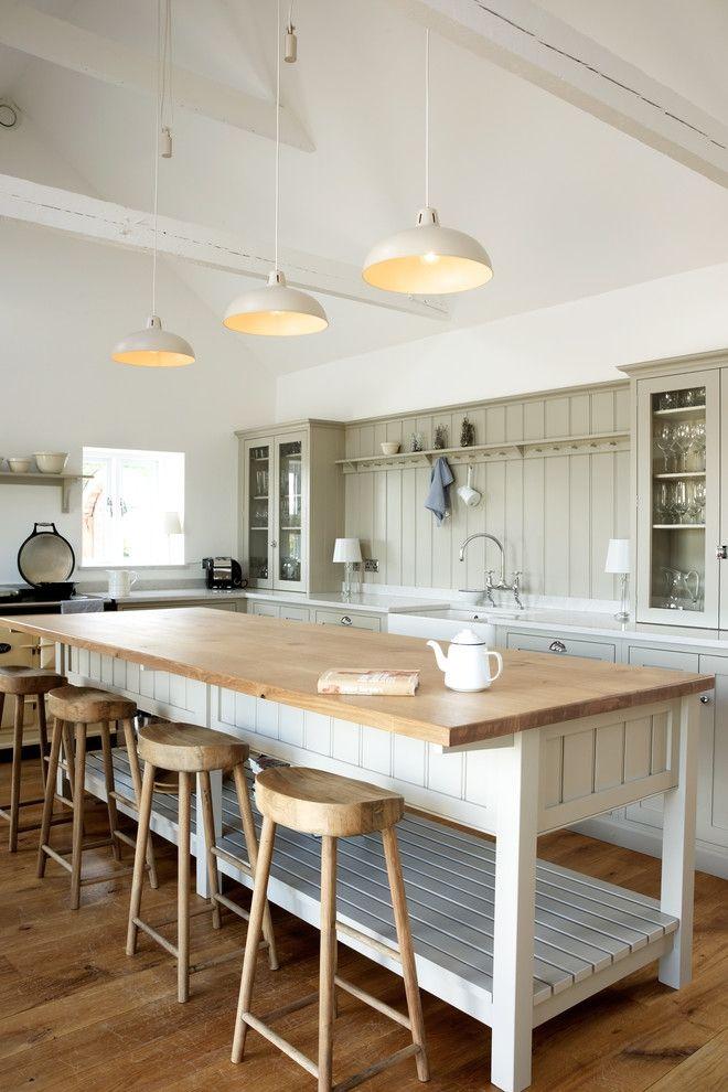 Kochinsel Arbeitsplatte aus Holz Barhocker Wohnbeispiel