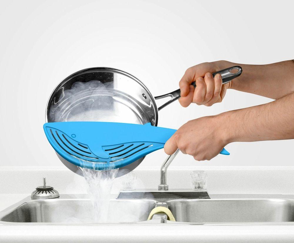 Kochsieb Walfisch blau modern