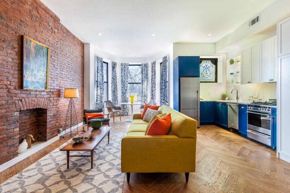 Moderne Wohnküche in drei separaten Bereichen