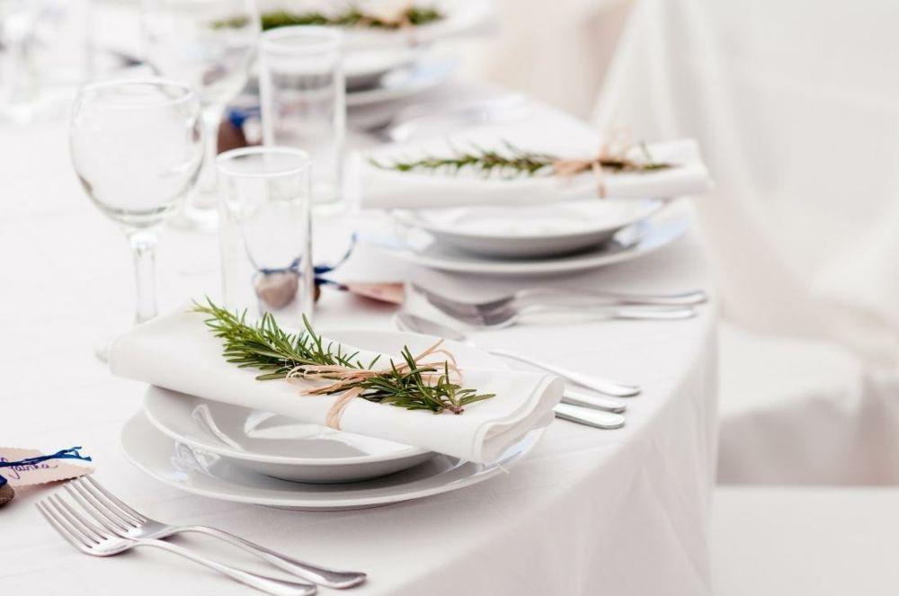 Tafelgeschirr Porzellanware fein Tischkultur