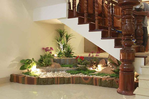 Treppenhaus Bereich kleinen Garten gestalten