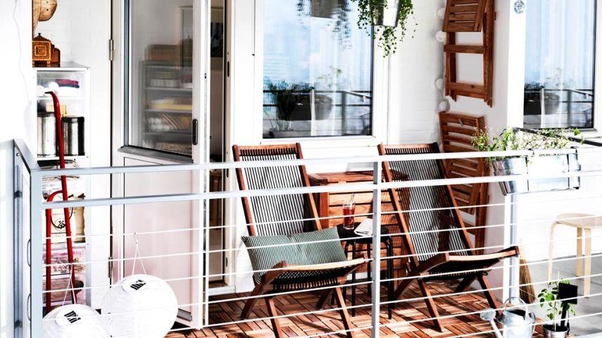 In Der Großstadt Haben Die Meisten Wohnungen Ziemlich Kleine Balkone. Das  Ist Zurzeit Aber Kein Großes Problem, Denn Es Gibt Viele Möglichkeiten, ...