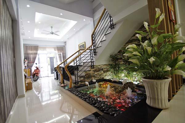Zimmerbrunnen groß Lichteffekt modern Wohnung