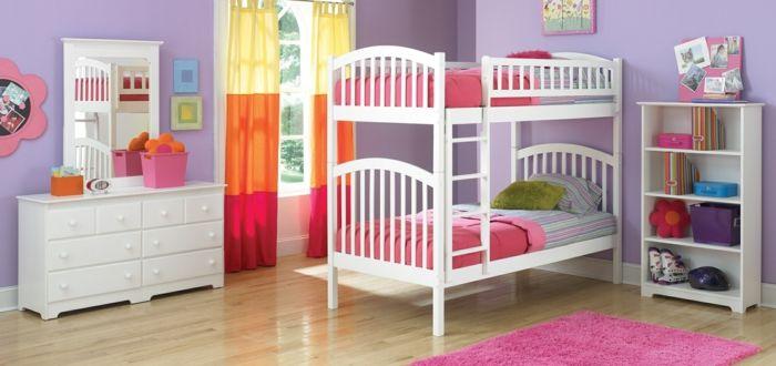 Ausflug in die Welt der bunten Farben in diesem Kinderzimmer