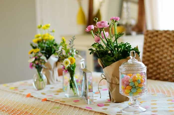 Blumenpracht auf dem Küchentisch