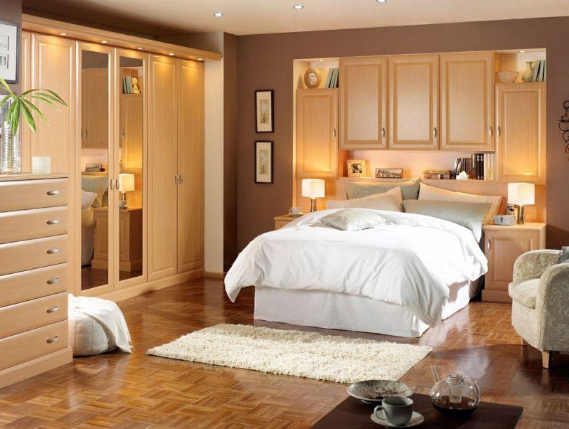 Design mit Kleiderschränken für das kleine Schlafzimmer