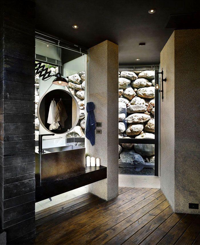 Designhaus Wohnidee Natur Stein Holz Pazifik Waschbecken Spiegel