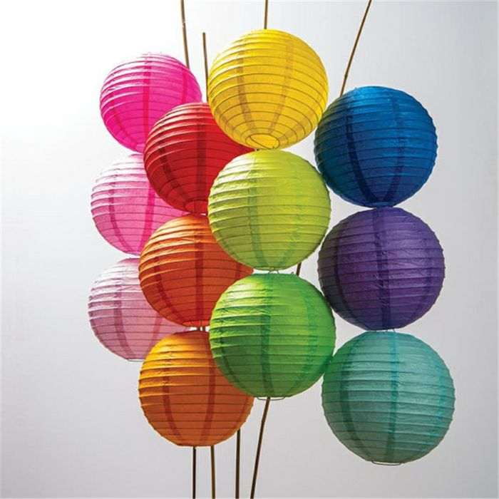 Die Anziehungskraft der kräftigen Signalfarben bei den Wohnaccessoirs