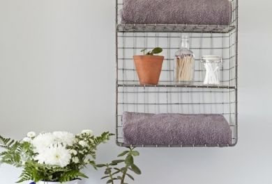 Badezimmer Aufbewahrung Ideen: Badezimmer Mit Terrakottaboden ... Badezimmer Aufbewahrung