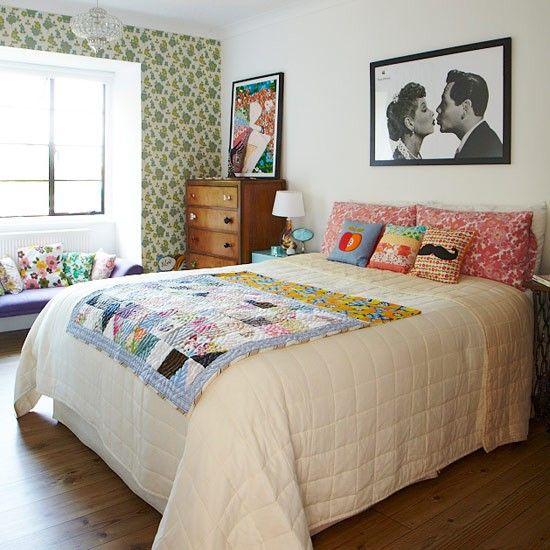 Frische Stimmung im Raum mit lustigen Farben kreieren