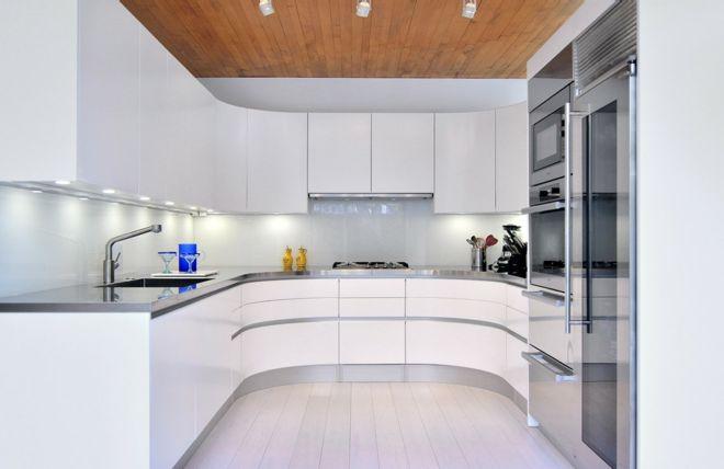 Küche Einrichtung kurvig modern weiß abgerundet