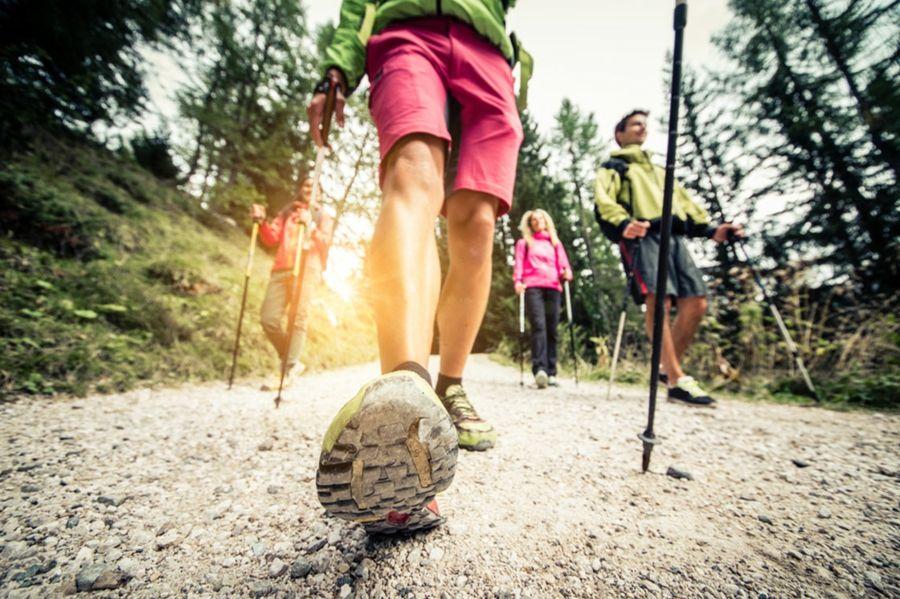 Gehen Sie oft an der frischen Luft spazieren und vergessen Sie alle schädlichen Gewohnheiten