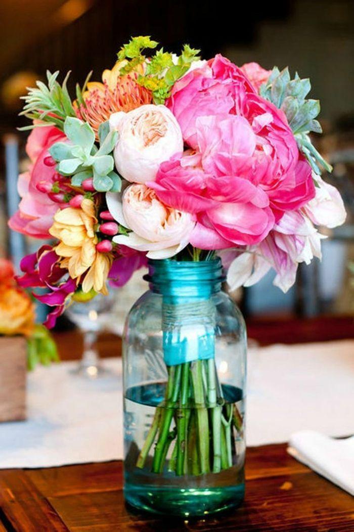Ranunkeln sind der Blickfang in jeder Vase
