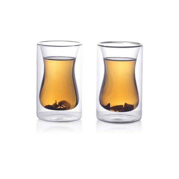 Der orientalische Charakter dieser Teegläser ist ein originaler Akzent auf dem Tisch