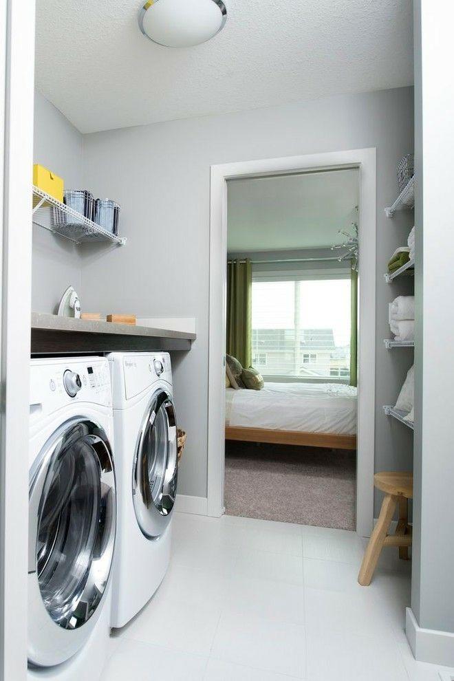 Wäscheküche Schlafzimmer Waschmaschine Trockner Bodenbelag weiß