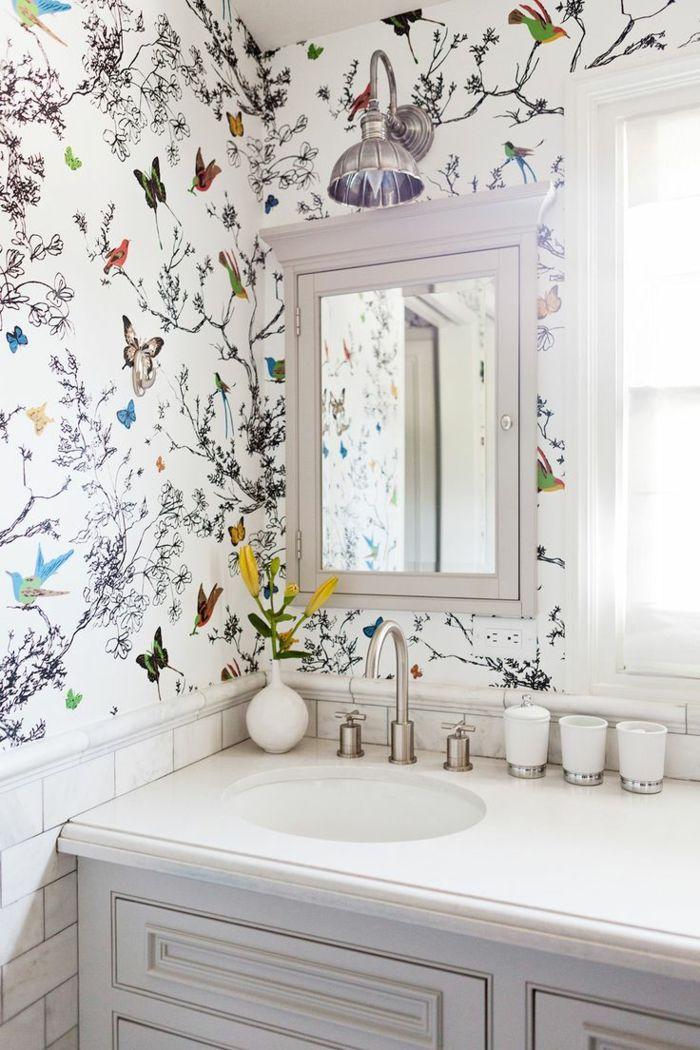 Wandtappette mit Frühlingsmotiven fürs Badezimmer-Schöne Vogelaccessoires