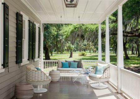Empfangen Sie Ihre Gäste im Sommer auf Ihrer stilvoll eingerichteten Terrasse