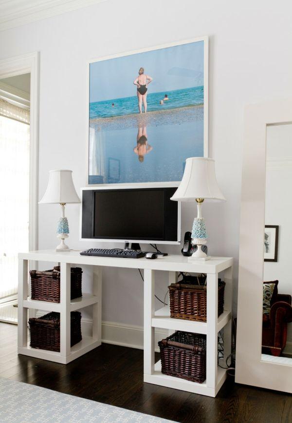 Arbeitsbereich Wohnung Interieur trendige Gestaltung Körbe aus Geflecht