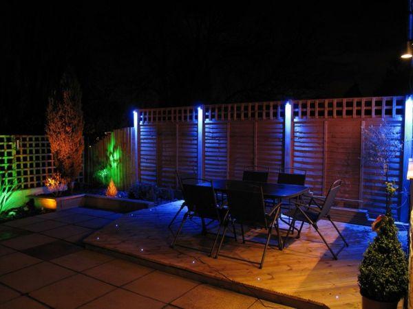 Bunte Licher für die Gartenbeleuchtung