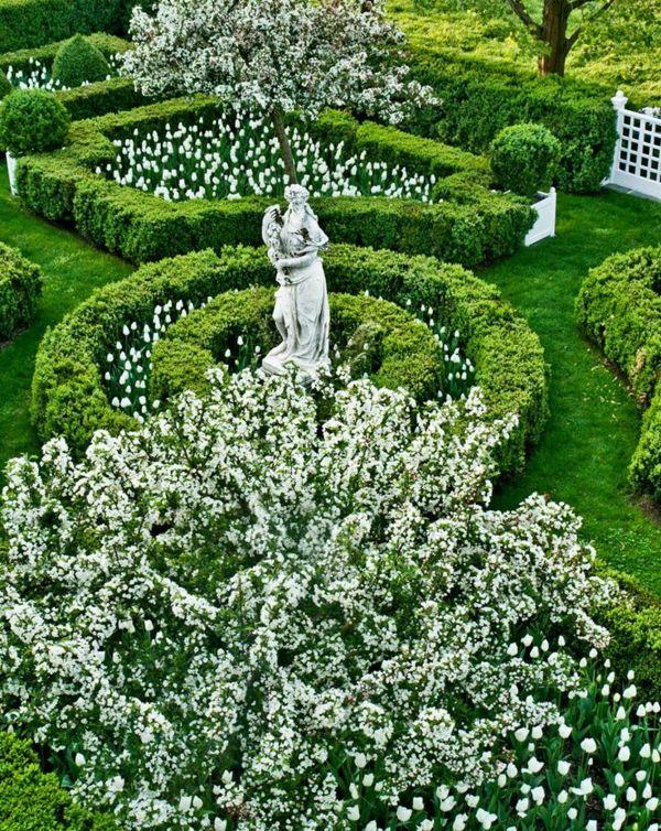 Farbgestaltung im Garten – Verführung in Weiß